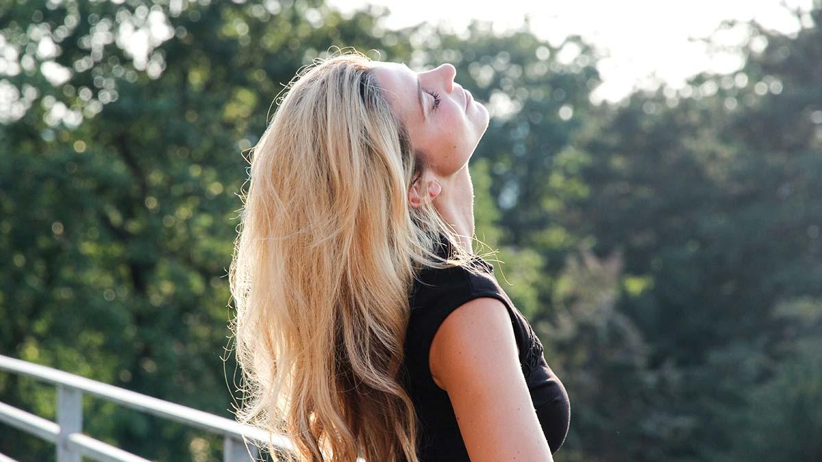 4 Schritte zu mehr Weiblichkeit und Selbsterfüllung